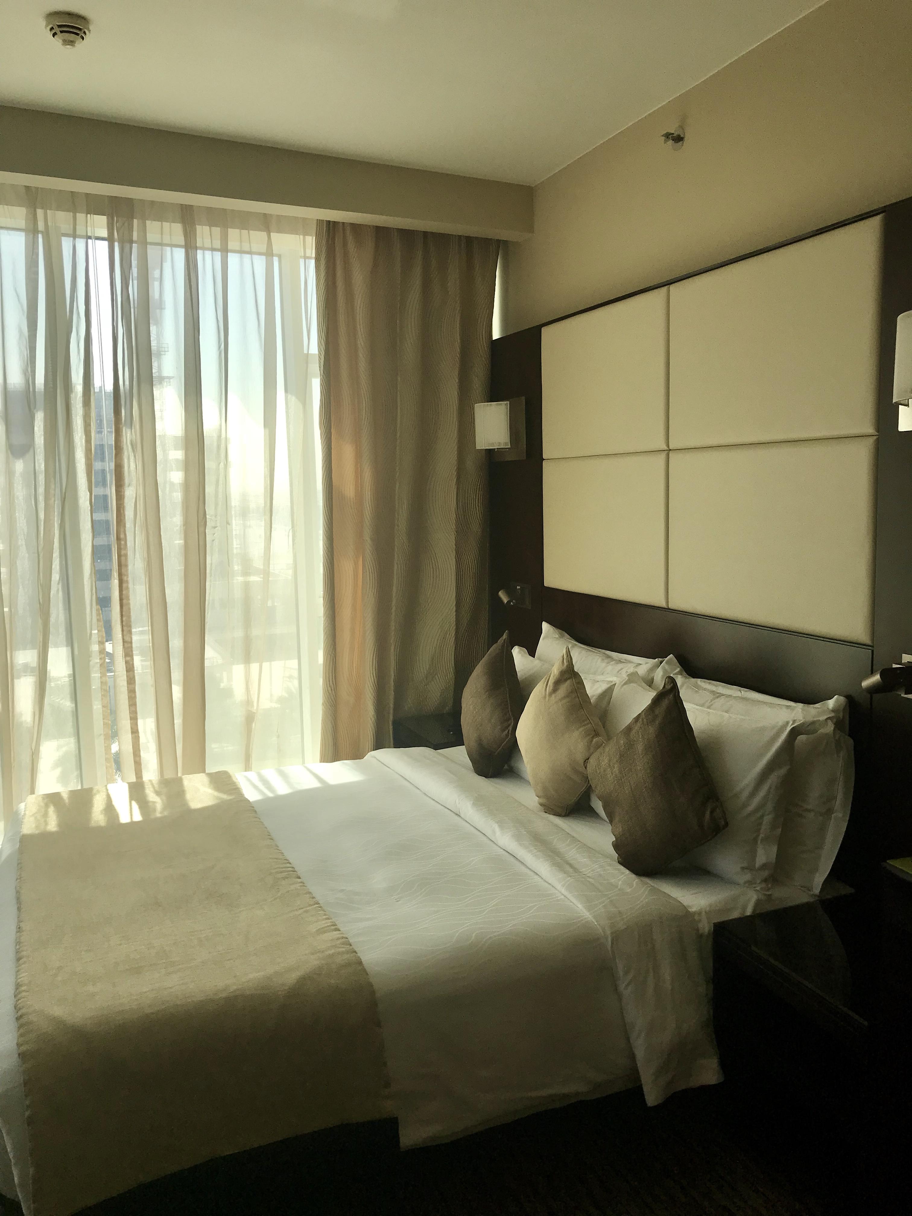 Mövenpick Hotel Jumeirah Lake Towers